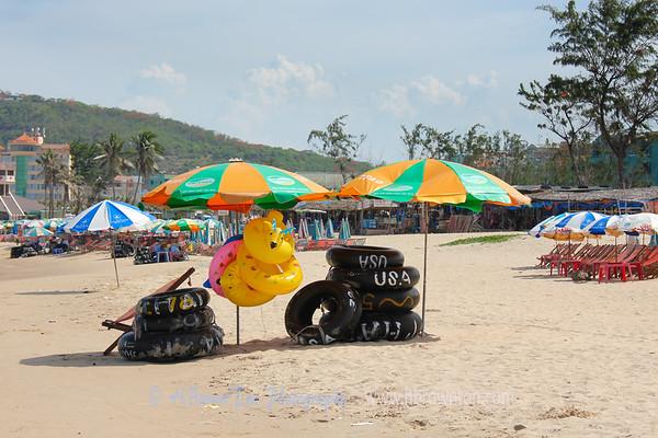 Go USA tubes!   Vung Tau, Vietnam