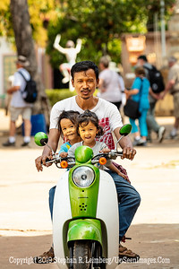 Man and Daughters on Honda - Copyright 2018 Steve Leimberg UnSeenImages Com _Z2A7809