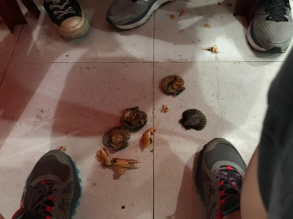 Street Food: Shells on the floor, please.