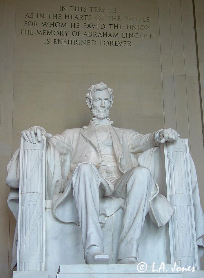 Lincoln_Memorial_LAJ4531