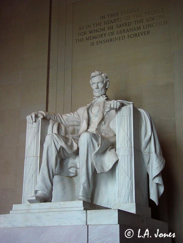 Lincoln_Memorial_LAJ4545