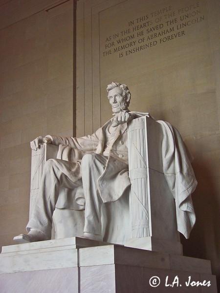 Lincoln_Memorial_LAJ4536