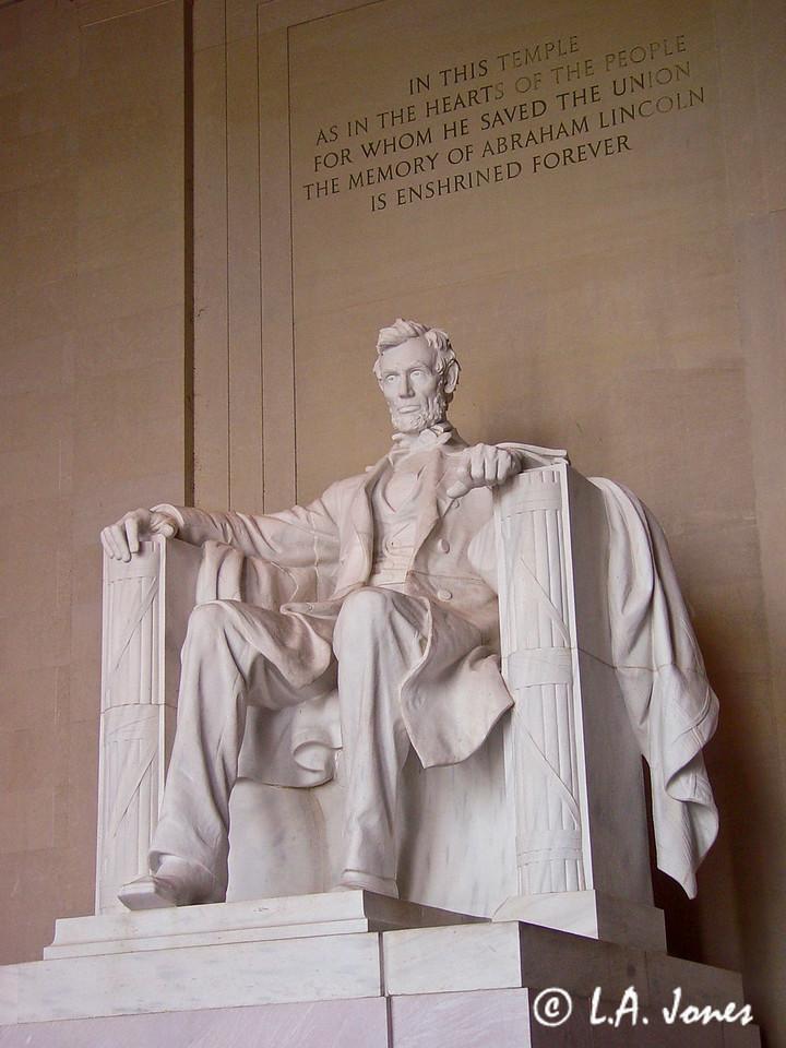 Lincoln_Memorial_LAJ4544