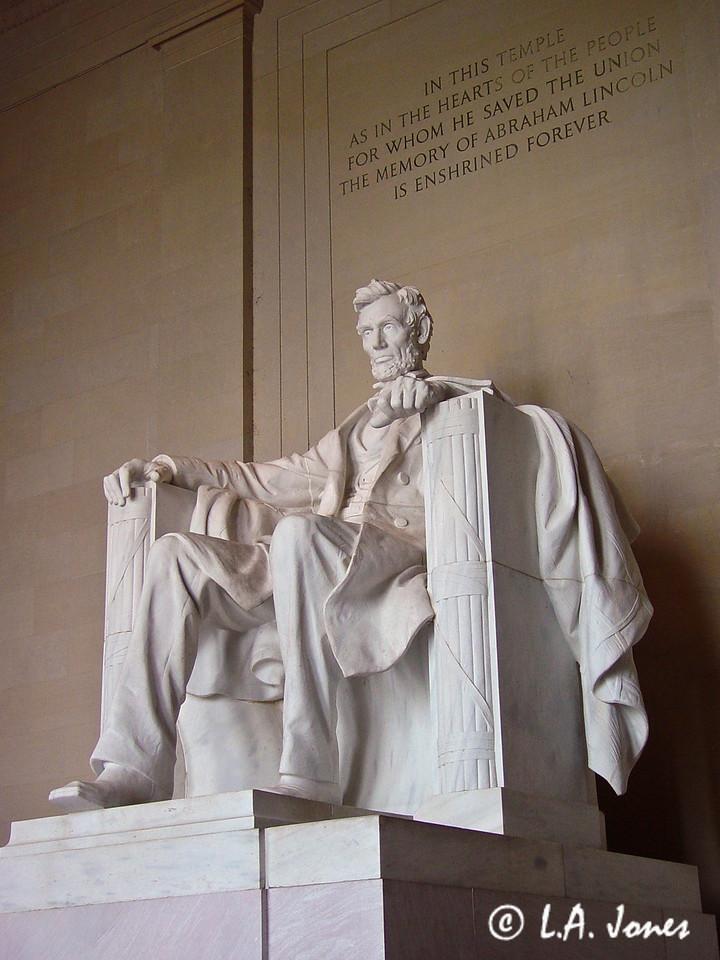 Lincoln_Memorial_LAJ4535