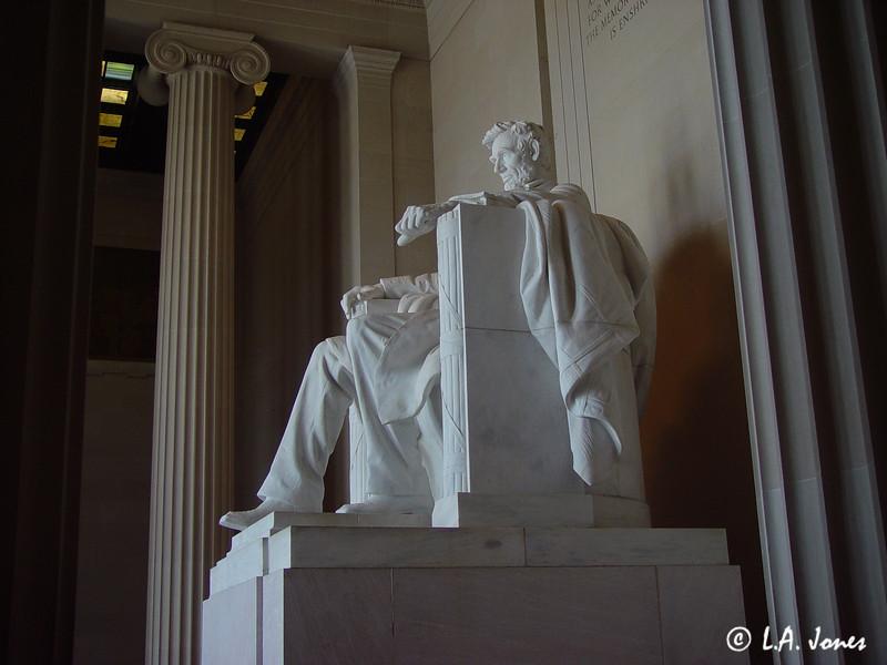 Lincoln_Memorial_LAJ4541