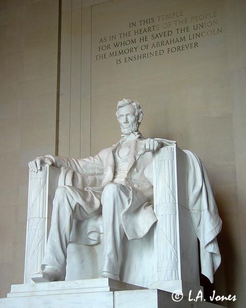 Lincoln_Memorial_LAJ4543
