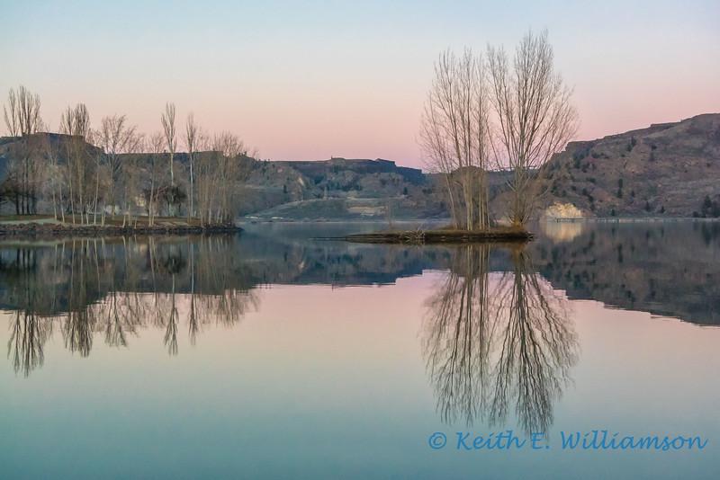 Banks Lake, Grand Coulee, at dusk
