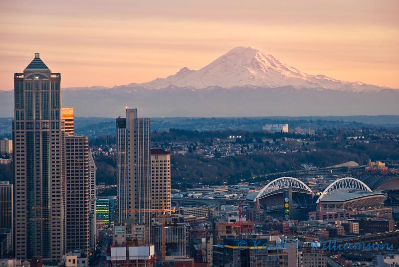 """Mount Rainier is """"the mountain"""" to Seattle-ites"""