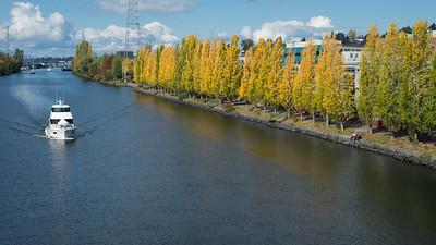 20161010.  Lake Washington Ship Canal from Fremont Bridge, Seattle WA.