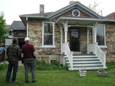 Milwaukee - Historic River West House Tour