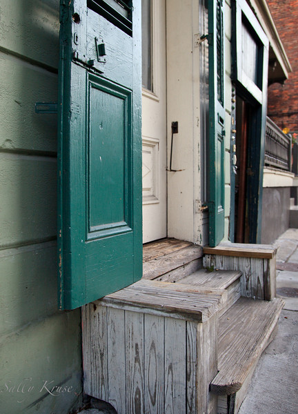 A modest stoop in the French Quarter, New Orleans.