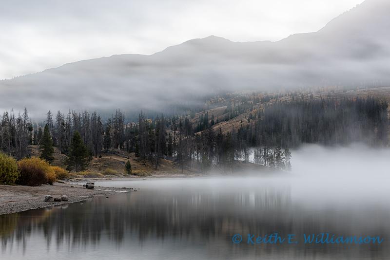 Early morning fog, Green River Lake
