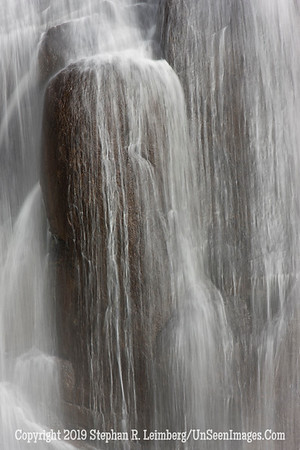 Waterfall Pillars _U0U0283 web