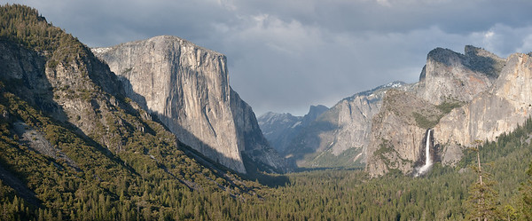 Panoramic of Tunnel View