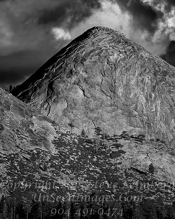 Man Mountain - B&W Copyright 2015 Steve Leimberg - UnSeenImages Com _Z2A3935