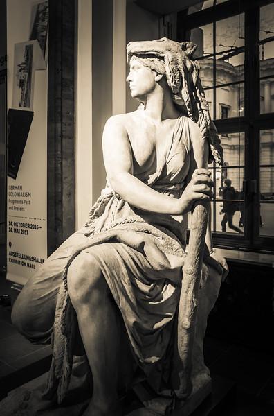 Statue in Zeughaus, Berlin