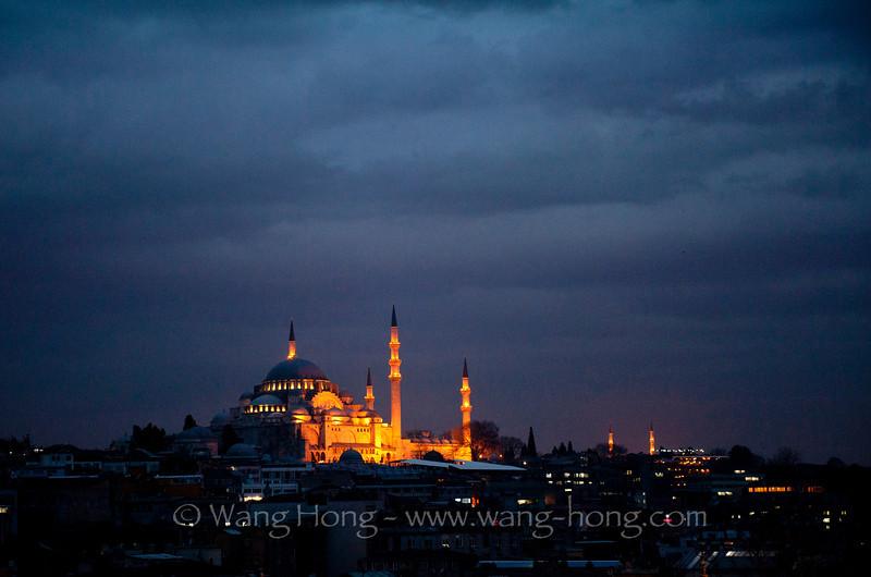Süleymaniye Camii at night, seen from a bar window at the Legacy Hotel
