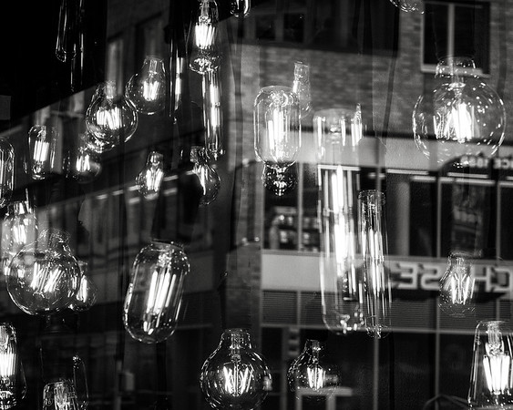 Edison bulbs reflection