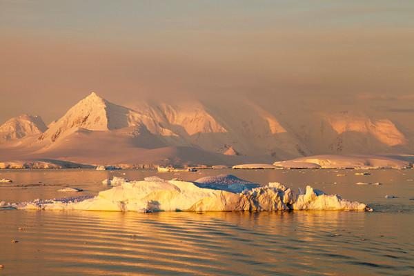Antarctica morning