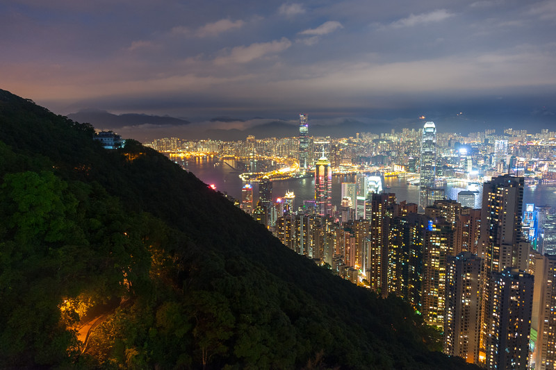 Victoria Peak Trail and Hong Kong (long exposure)