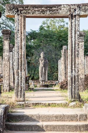 Statue at Polonnaruwa
