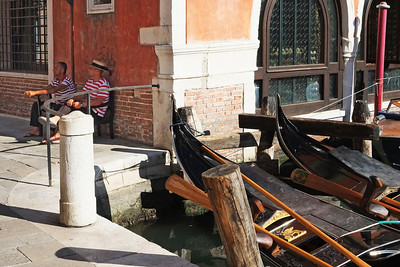 Waiting for Business in Venice