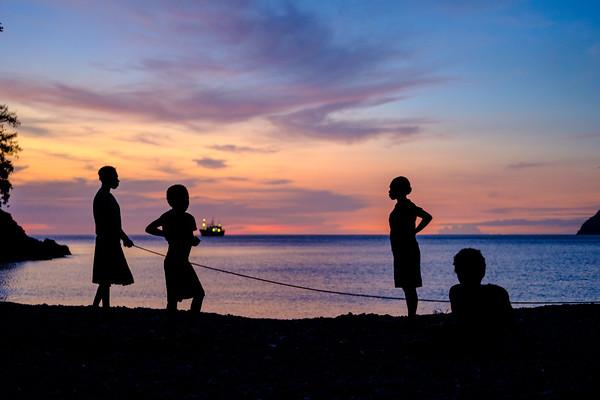 Vanuatu, Santo, Tasiriki, Sunset Silhouettes