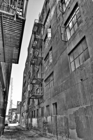 an alley in downtown Los Angeles