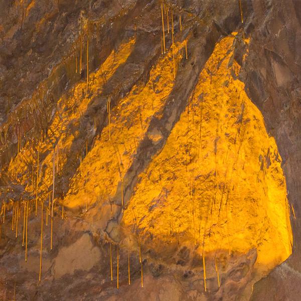 Dan-yr-Ogof Caves~10137-3sq.