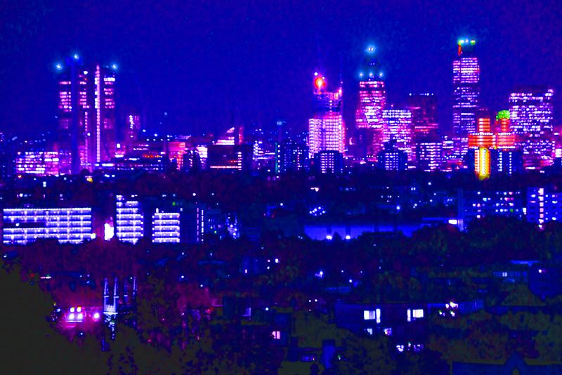 London at Night~3675-2.