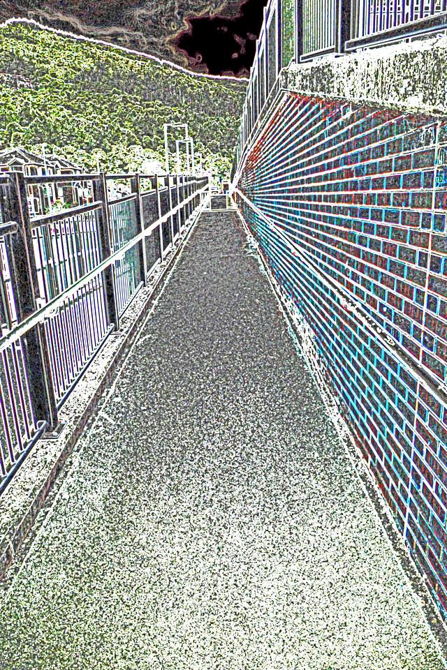 To Crosskeys Station~0123-2ge.