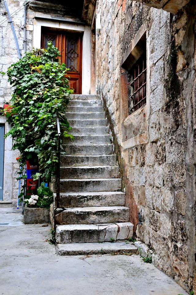 Front Door in Trogir~4400-1.