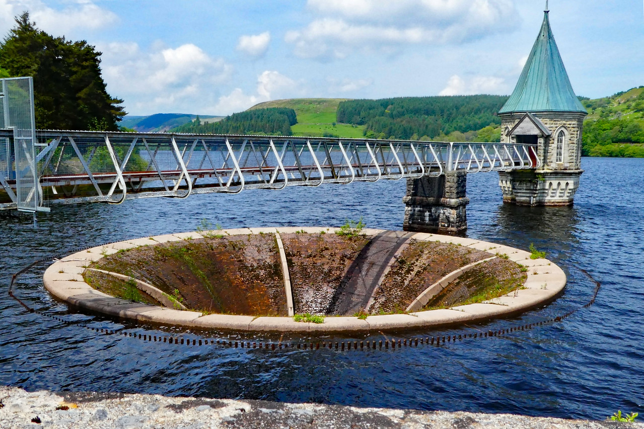 Pontsticill Reservoir,Wales~0045-1.