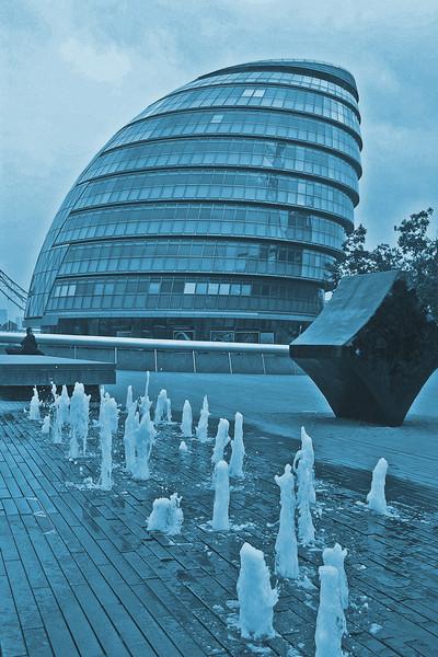 Southbank,London~0013-1.
