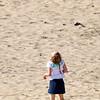 Kijken naar een vlieger, looking at a kite