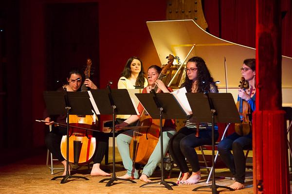 Léa Grenet flûte à bec,  Julie Petit Viole de gambe,  Claire Scariot violon baroque,  Clémence Schiltz viole de gambe,  Ana Villamayor clavecin