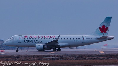 Air Canada Embarer-ERJ170 waiting to take off at Logan.