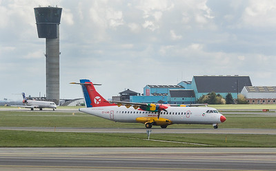 Danish Air Transport Embraer ATR72-202 OY-LHB in Kopenhagen/DK.