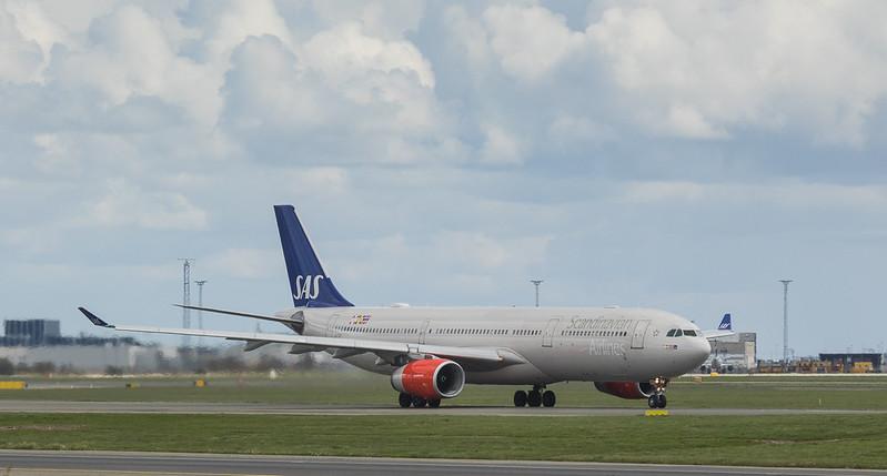 Scandinavian Airlines System Airbus A330-343 LN-RKO  in Kopenhagen/DK.