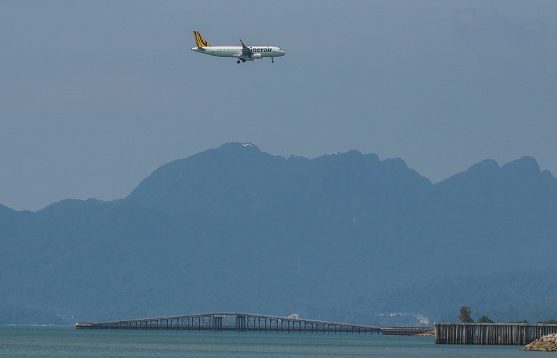 Tigerair A320-232 9V-TRL as TR476 approaching Langkawi LGK WMKL.