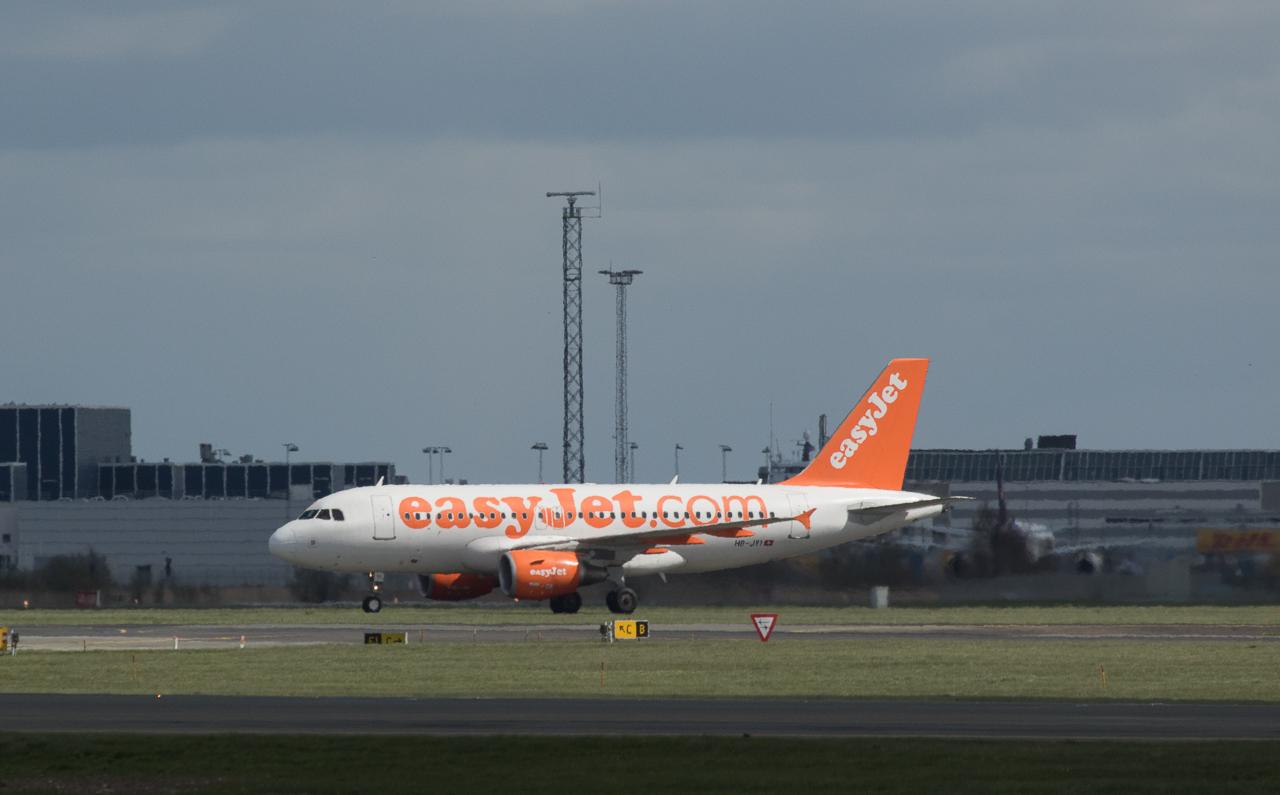EasyJet Airbus 319-111 HB-JYI in Kopenhagen/DK.
