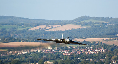 Vulcan making it's approach towards Coppett Hill.