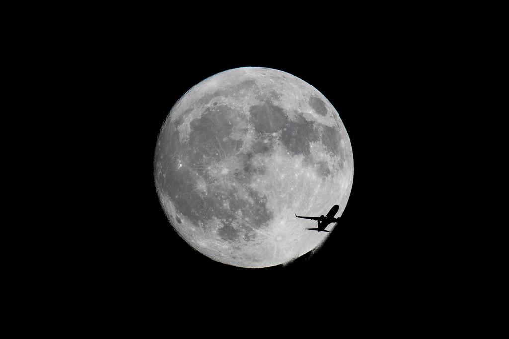 IMAGE: https://photos.smugmug.com/Planes/i-Rg59VHS/0/531fae0d/XL/Plane10042017-1935-XL.jpg