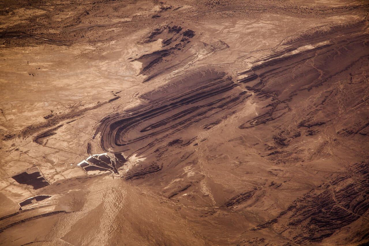 Kavir Salt Desert, North Iran-1.jpg