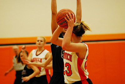 Plank 8th grade girls Basketball 011