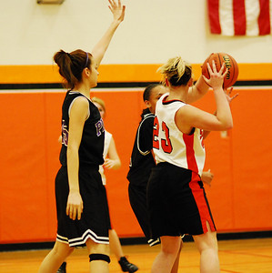 Plank 8th grade girls Basketball 030