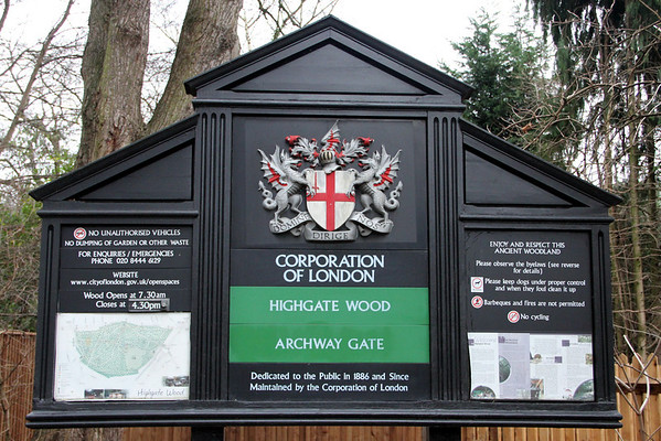 Archway Entrance to Highgate Wood. 27 December 2011 <br>