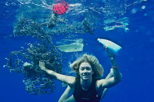 Collecting Plastic Debris in the Ocean