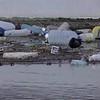 Plasticos en la desembocadura del río Segura