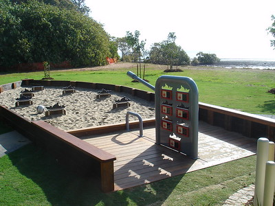 timber battle ship sandpit with targets and firing game
